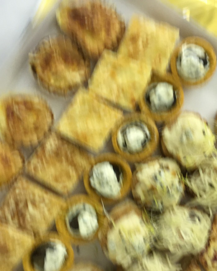 PETITS FOURS CHAUDS